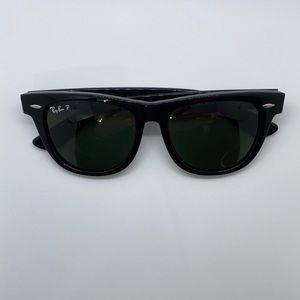 RayBan wayfarer Polarized sunglasses 🕶️